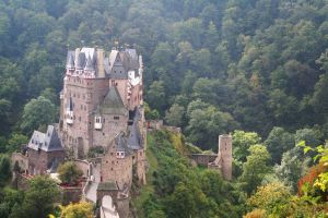 castle - 006 Burg Eltz by thalija-STOCK