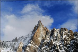Towering Peak by gra-cairdeas