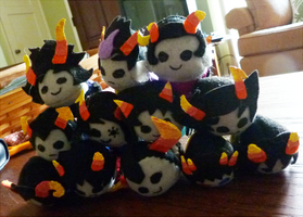 Troll Grub Plushies by eyfey