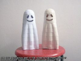 glow-in-the-dark paper Ghost by ninjatoespapercraft