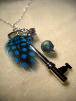 Aqua Key Feath Necklace by arivanna