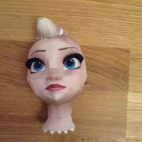 Elsa (Frozen)Head done by giden445