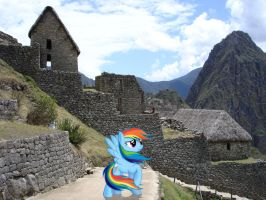 Rainbow Dash at Macchu Picchu by laopokia