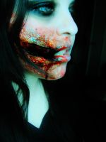 Living Dead Girl. by Darxen