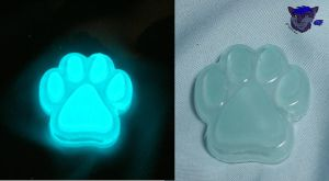 Glow Paw Example: Blue by NightWolfRose