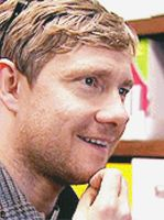 Martin Freeman Gif *2/3* by NiallsWife