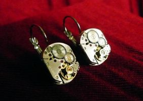 Classic steampunk earrings by lollollol2