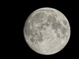 Moon Shot by whendt