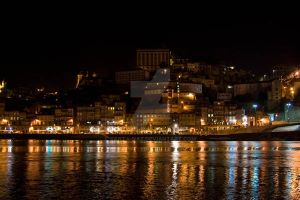 Porto at night by santa-naz