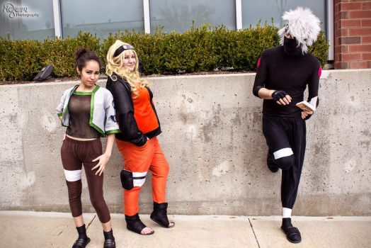 Kakashi Distracted by AGlimpseOfMe