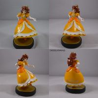 Daisy Peach amiibo by ChibiSilverWings