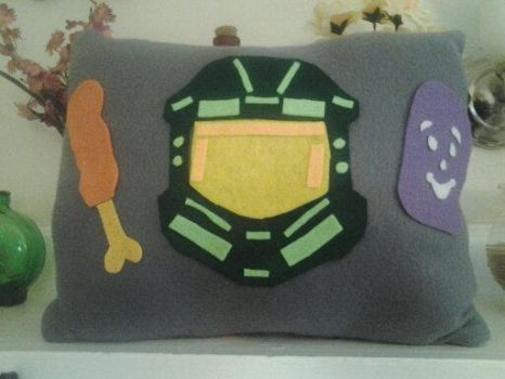 halo masterchief pillow by halogirlie