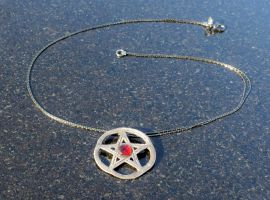 Dresden Pentacle with Garnet by Peaceofshine