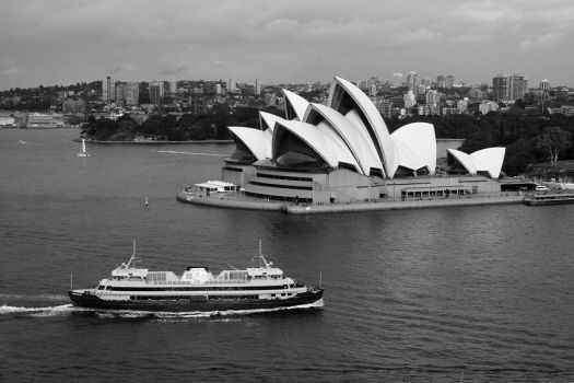 Typical Sydney Tourist Shot by AEast