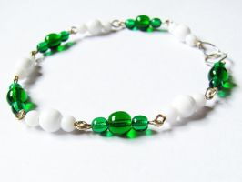 BWB - Green and White by VioletRosePetals