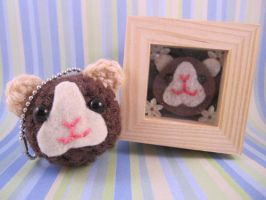 Brown GuineaPig Keychain + Box by AmiTownCreatures