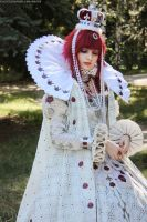 Trinity Blood - Queen by kirawinter