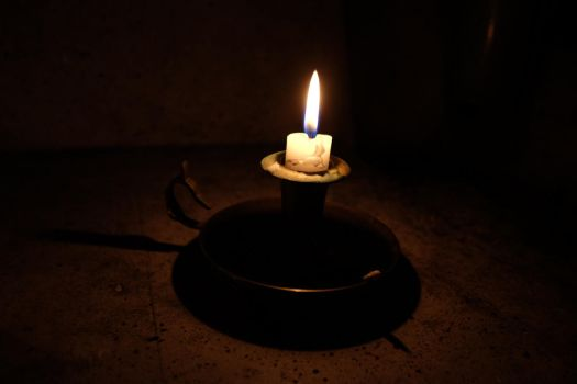 candle by Makinit