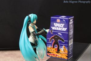 Miku Space Invaders by BoboMagroto