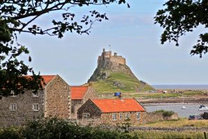 Lindisfarne Castle by muzzy500