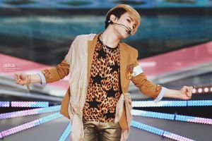 120414 Key Sherlock 8 by SHINee-Key