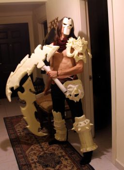 Darksiders 2 Death Cosplay Crafting (Test Shot 3) by MEG-Cosplay