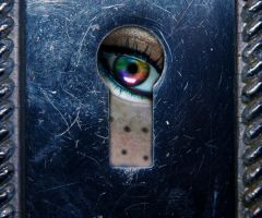 through the key hole by jesidangerously
