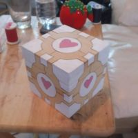 Woodburned companion cube by chui92