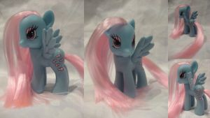 Wind Whistler by assassin-kitty
