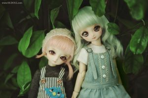 Both of them are Ayaliz by Angell-studio