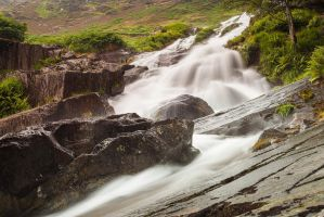 Ogwen Falls by JakeSpain