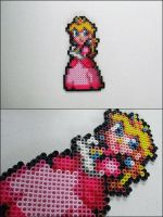 Super Mario Peach bead sprite by 8bitcraft