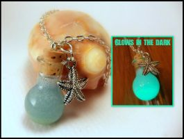 Mermaid Tears Glow in the Dark Vial Necklace by Euphyley