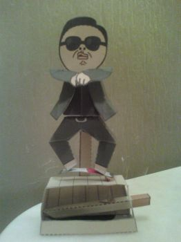 Psy Gangnam Style Machine Papercraft Finished by rubenimus21