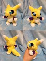 Renamon Palm Plush by Glacdeas