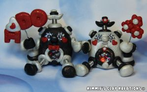 Polymer Clay Robots Wedding Topper Figurines by KIMMIESCLAYKREATIONS