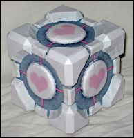 Weighted Companion Cube by MakenXXX