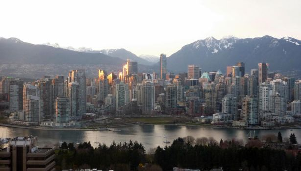 Sunset Vancouver Scape by CoFFeeZomBee