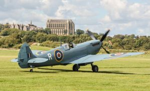 Spitfire by rOEN911