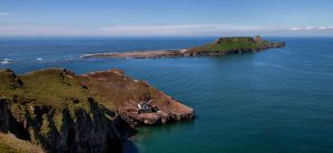 Worms Head by day by CharmingPhotography