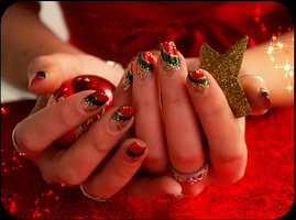 Christmas nails by Tartofraises