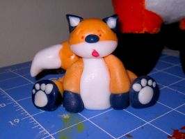 Stupid Fox meets white paint.. by foxmaster5