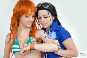 Nami and Robin time skip, One Piece cosplay by Mellorineeee