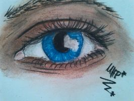 new eye with pastel charocals by Sonnenelfe