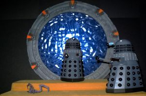 Daleks At The Stargate by CyberDrone