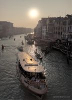 Venezia : Sunset in Venice by blueanto