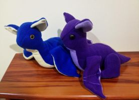 A Pair of Baby Wyvern Dragon Plushies by x0xChelseax0x