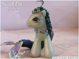 Sweet Pea by lovelauraland