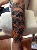 black n orange skull by WillemXSM