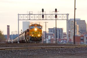 BNSF 4186 Golden Hour by paploothelearned